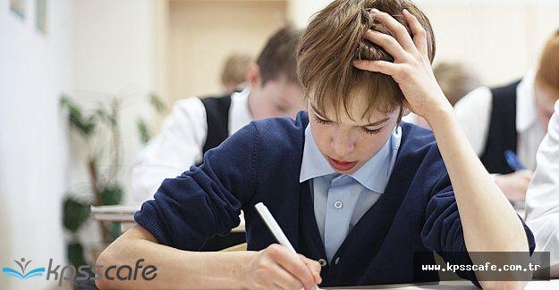 Okullarda Dersler Boş Geçiyor, Kitaplar Gelmedi!