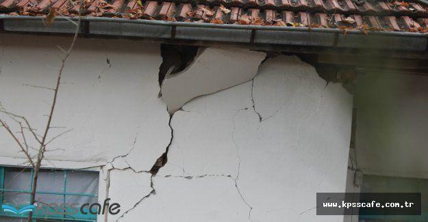 Karadeniz'de Deprem Oldu! Tüm İstanbul Etkilendi!