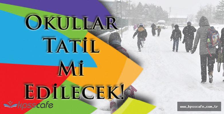 Kar Yağışı Devam Ediyor! İstanbul'da Okullar Tatil Mi Edilecek!