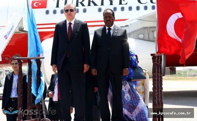 Erdoğan, Somali Cumhurbaşkanı ile Basın Toplantısı Düzenledi! 'Somali'de askeri eğitim tesisimizin açılışını yapacağız'