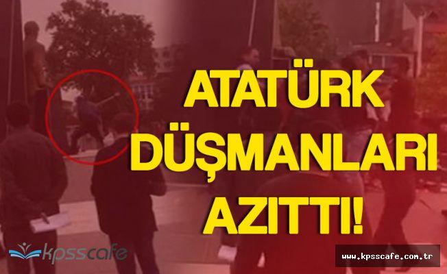 Atatürk Anıtına Baltayla Saldıran Kişiyi Vatandaş Linç Ediyordu