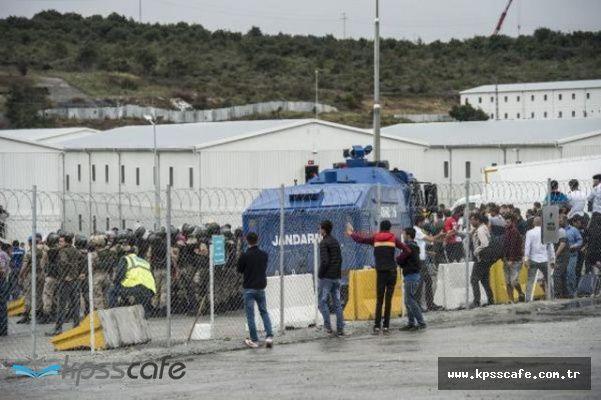 3. Havalimanı inşaatında çalışan işçilerin eylemine biber gazlı müdahale : Ortalık Savaş Alanına Döndü