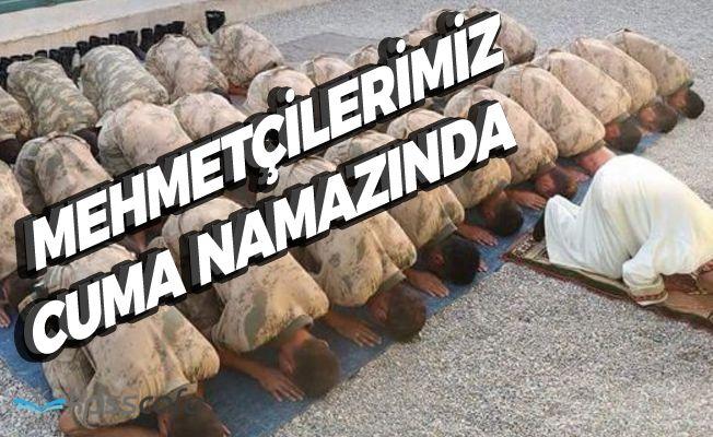 Mehmetçik cuma namazında