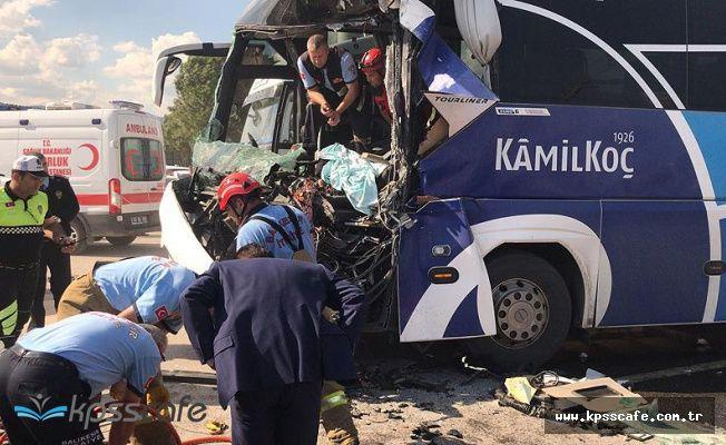 Susurluk'ta yolcu otobüsü kaza yaptı! Çok sayıda ekip bölgede