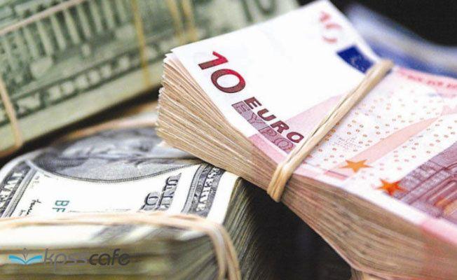 Euro 6 TL'nin, dolar 5,30'un altına geriledi
