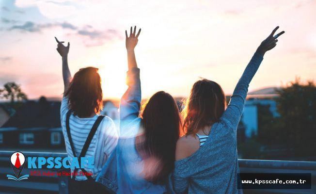 En Kötü 5 Arkadaş Tipi! Dikkat Edin! Bu 5 Tipten Birisi Arkadaşınızsa Tehlike Var Demektir!