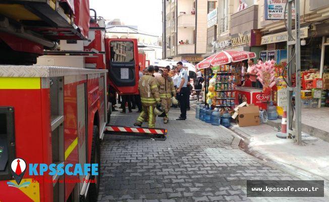 Esenyurt'ta 6 katlı binada yangın: Mahsur kalan 20 kişi kurtarıldı