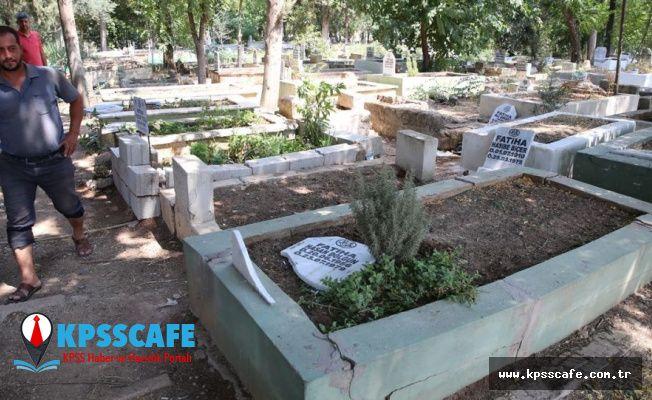 100 mezarı yıkıp üzerlerine yazı yazdılar: 6 kişi gözaltında