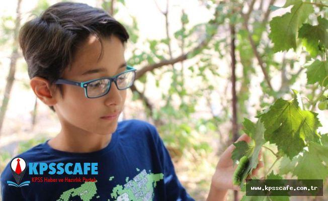 Hayvanları anlattığı videolarıyla beğeni toplayan 12 yaşındaki Mehmet'in hedefi belgeselcilik