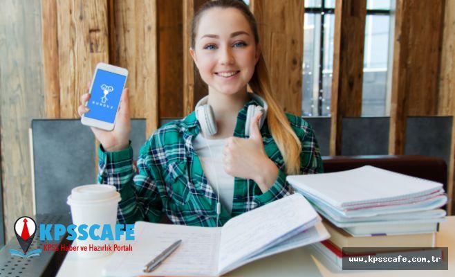 Öğrenciler Sınavlara Dersaneyle Değil Telefonla Hazırlanıyor