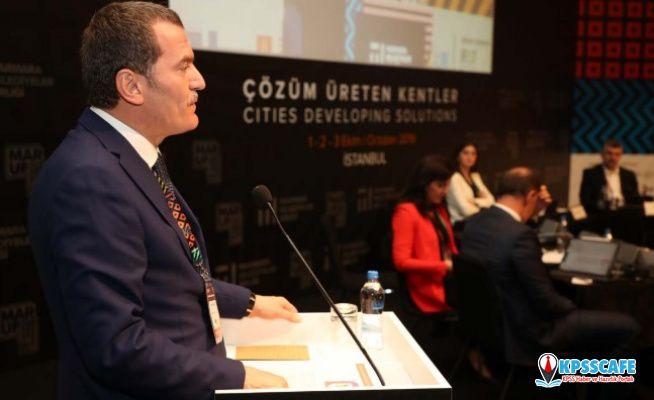 """Zeytinburnu Belediye Başkanı Ömer Arısoy: """"50 bin ile 70 bin arasında göçmene ev sahipliği yapıyoruz"""""""