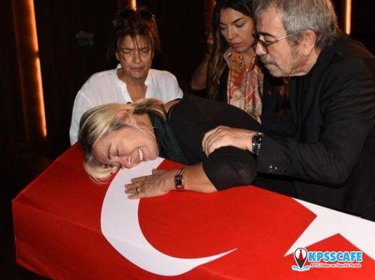 Tarık Ünlüoğlu'nun Cenazesi'nde Selçuk Yöntem'e Büyük Ayıp!