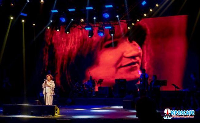 Selda Bağcan: 'Aleyna Tilki'nin yaşlısı diyorlar'