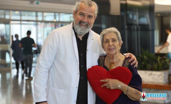 86 Yaşındaki Hastaya Aort Yırtılması Ameliyatı Yapıldı!
