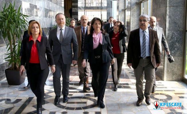 Meclis'e 31 yeni fezleke: Biri hariç tümü HDP'liler için
