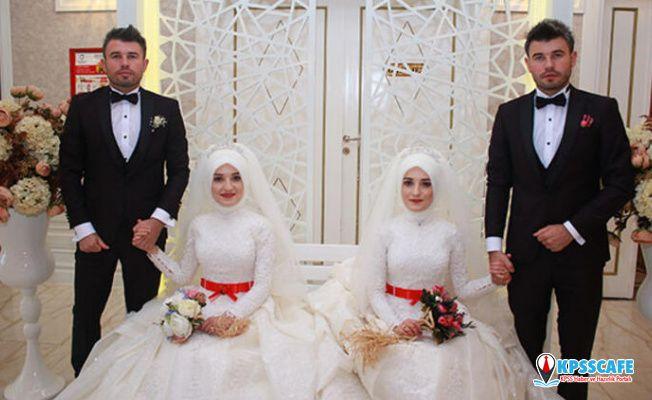 Bu düğünde gelinler de damatlar da ikiz!
