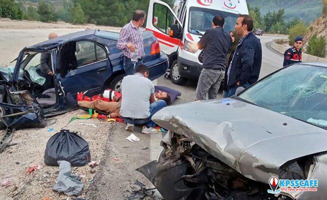 Burdur'da feci kaza! Araçlar hurdaya döndü