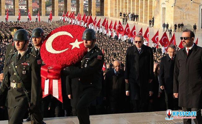 Cumhurbaşkanı Erdoğan Anıtkabir'de!