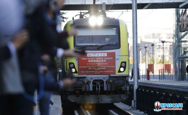 Çin'den çıkıp Türkiye üzerinden Avrupa'ya giden ilk yük treni Ankara'dan uğurlandı: 'Bu daha başlangıç'
