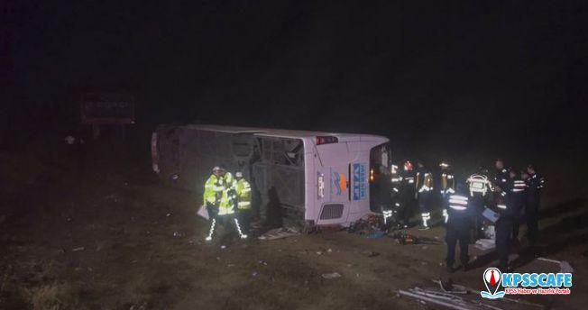 Aksaray'da yolcu otobüsü kaza yaptı! Ölü ve yaralılar var!