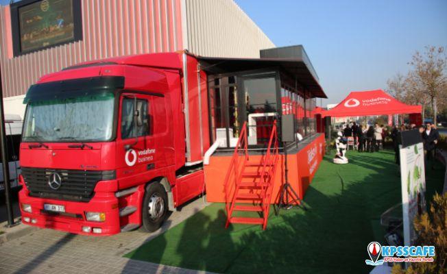 """""""Vodafone Busıness Dijitalleşme Tırı"""" Ankara'da"""