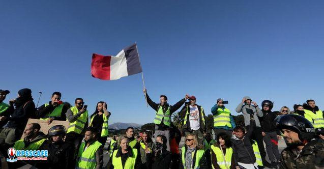 Fransa'da EYT'liler Ülke Çapında Eyleme Hazırlanıyor!