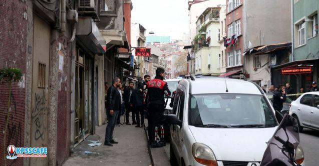 Beyoğlu'nda internet kafeye silahlı saldırı: 5 yaralı