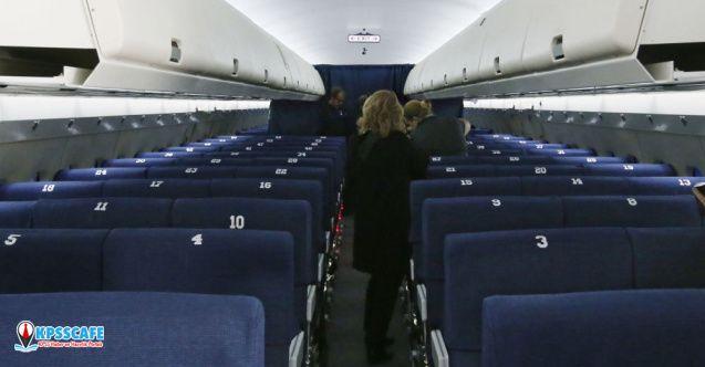 Uçakta koltuğunu değiştirmek için hasta numarası yapan kadın gözaltına alındı!
