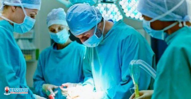 Doktorlar ilk kez 'durmuş kalp nakli' yapdı!
