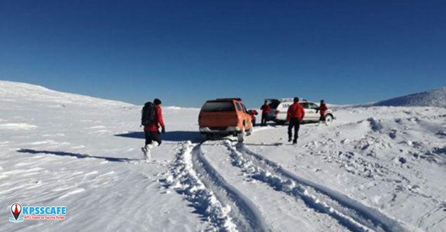 Uludağ'da kaybolan dağcılara ulaşılamadı, araçlarında rotalarına ait iz yok
