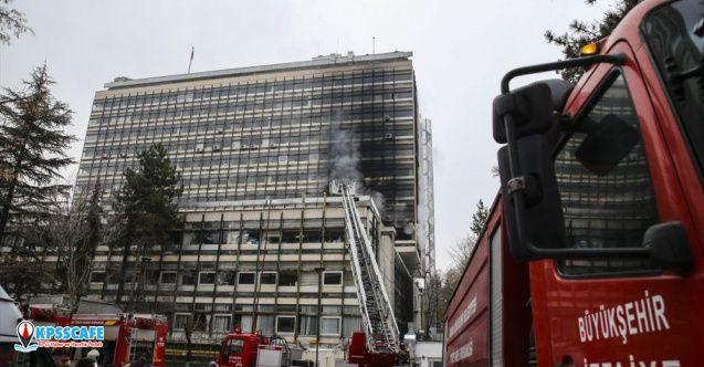 Devlet Su İşleri binasında yangın!