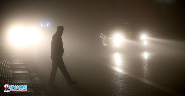 Ankara'da yoğun sis: Görüş mesafesi 10 metrenin altına düştü!