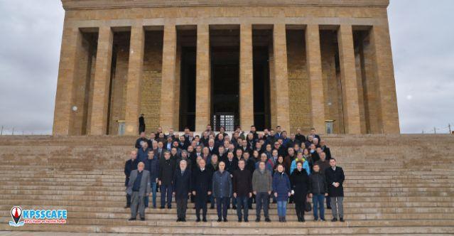 Dyo'dan Anlamlı Bayi Toplantısı: Anıtkabir'e Ata'yı Anma Ziyareti