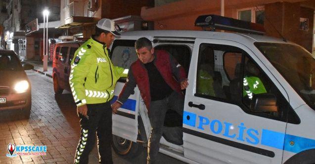 Polis olduğunu söyleyerek kimlik kontrolü yapan kişi gözaltına alındı