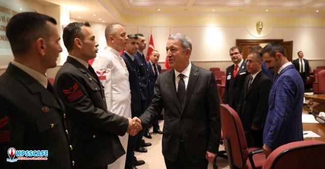 Milli Savunma Bakanı (MSB) Hulusi Akar'dan Uzman Erbaş Açıklaması!