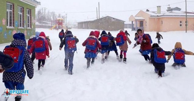 Eğitime kar engeli! 3 ilde okullar tatil edildi