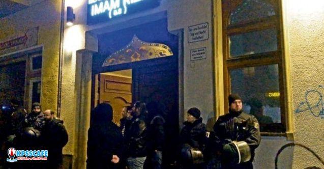 Almanya'da ''şehit'' gerilimi! Süleymani için camide tören düzenlendi