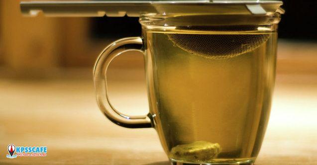 Yeşil çay içmek ömrü uzatıyor!