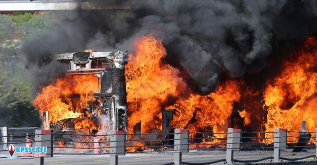 Son dakika İstanbul'da Metrobüste korkunç yangın!
