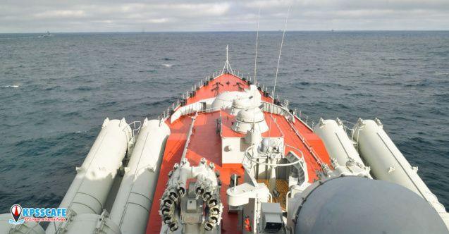 Rus savaş gemileri batı Akdeniz'e ilerliyor