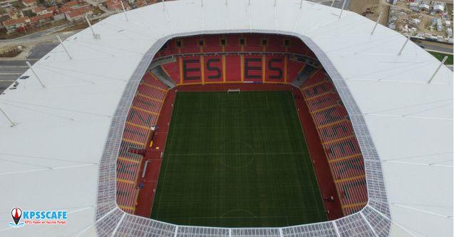 Kar yağışı nedeniyle hasar gören Yeni Eskişehir Stadyumu kullanılmayacak