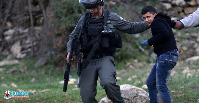 Trump'ın 'barış planı'nı protesto eden Filistinli genç İsrail askerleri öldürdü..