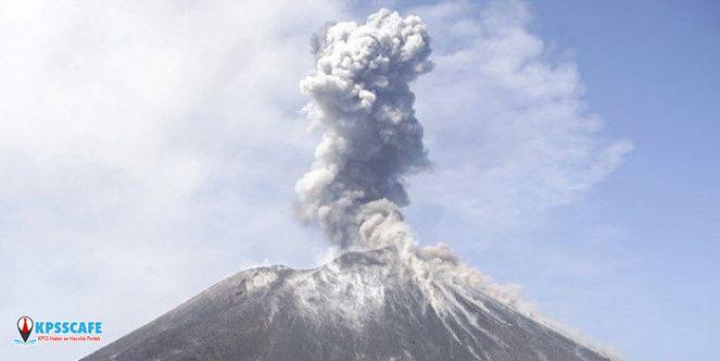 Endonezya'da yanardağ patladı! Hasar ve yaralanan yok!
