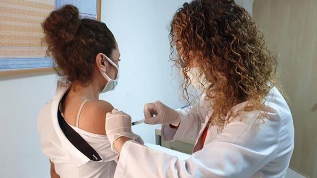 Van Valisi'nden Aşı Olmayanlara Bazı Kısıtlamalar Gelebilir Açıklaması!