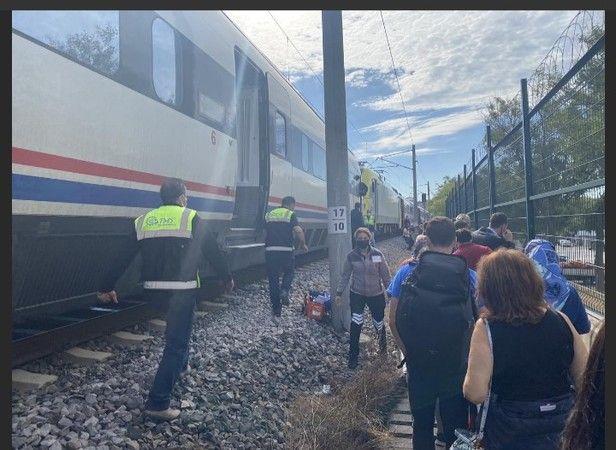 8 Eylül Adapazarı- Pendik Yüksek Hızlı Tren Kazası