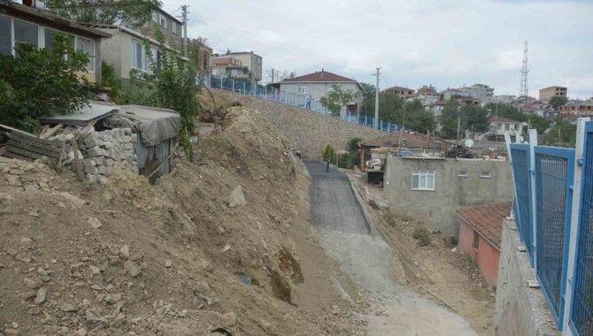 Dilovası'nda 3 Sokak Ulaşıma Açıldı