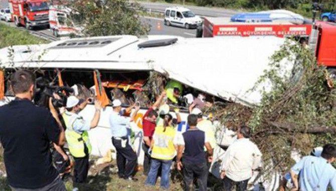 Otobüs kazasında çok sayıda kişi yaralandı