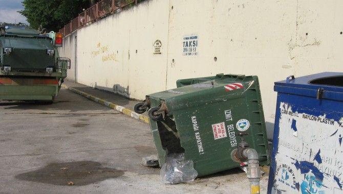 Her ay 5 bin liramız çöpte