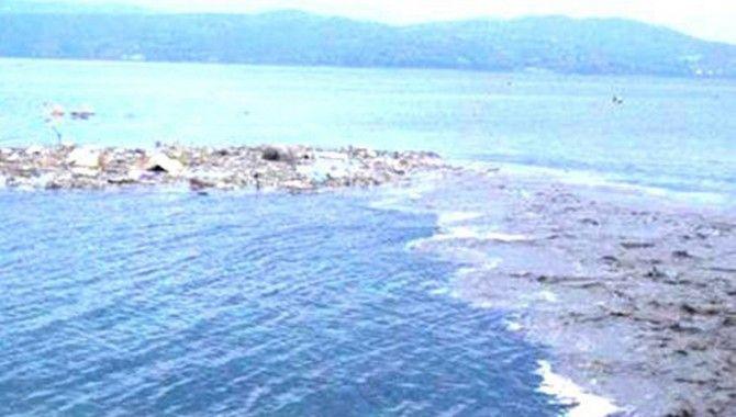 Sapanca Gölü tehdit altında
