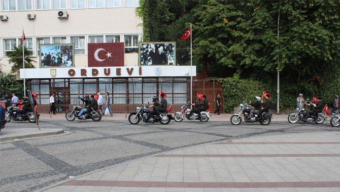 Gazilerden motorsikletle şehir turu